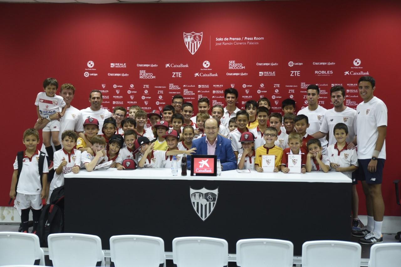 Charla con tu ídolo con el presidente del Sevilla FC José Castro