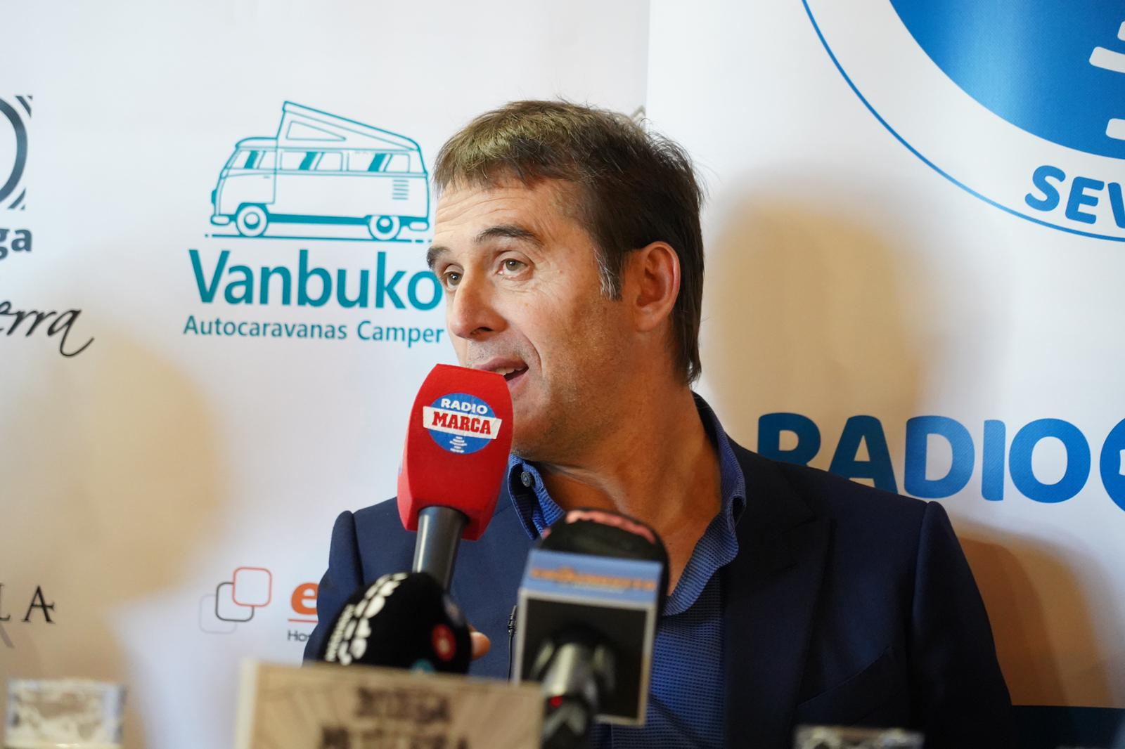 Julen Lopetegui on the Radio Marca Sevilla talk show