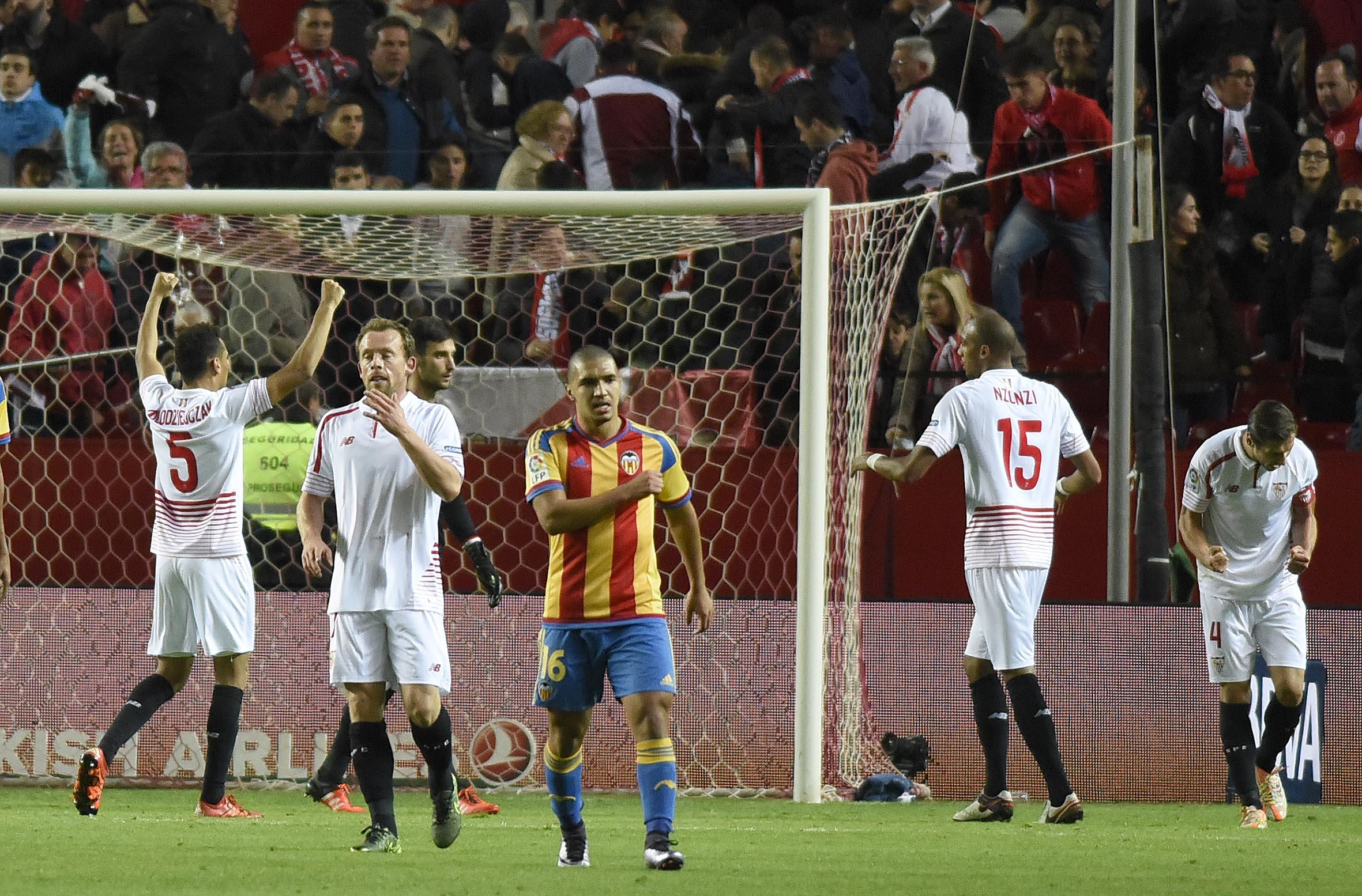 Imagen del final del partido del Sevilla FC-Valencia CF