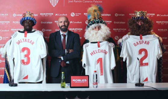 Monchi with his Christmas signings