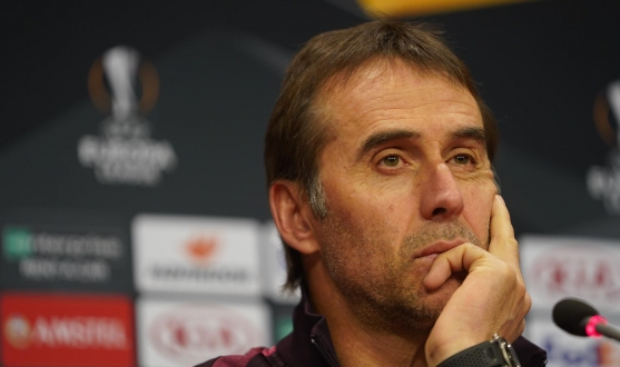 Julen Lopetegui during the press conference before CFR Cluj