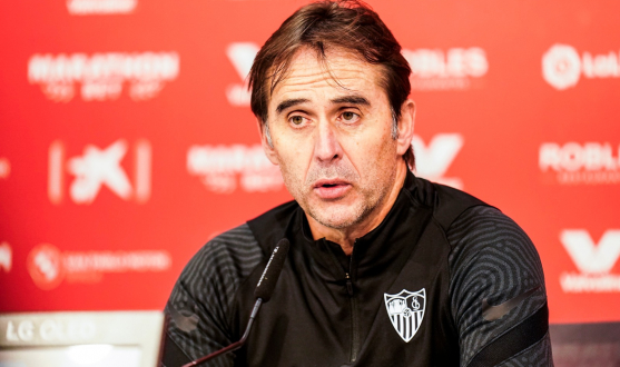 Julen Lopetegui in the press conference before Deportivo Alavés
