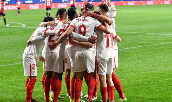 Sevilla FC celebrate a goal against CA Osasuna