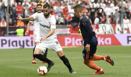 Gonalons against Valencia CF
