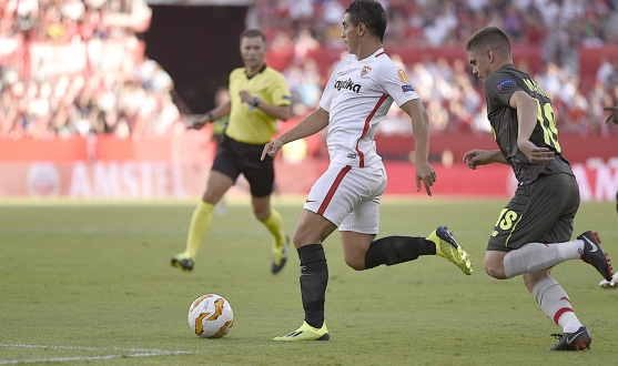 Wissam Ben Yedder for Sevilla FC against Standard