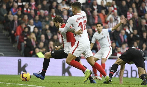 André Silva del Sevilla FC Ante el Athletic Club
