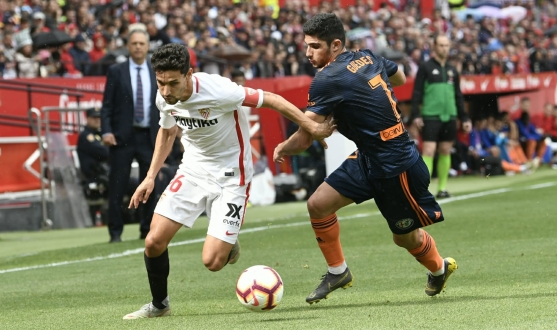 Jesús Navas against Valencia CF