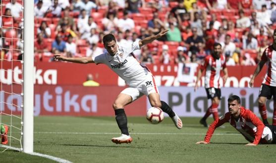 Ben Yedder scores the first against Athletic Club