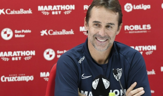 Julen Lopetegui in the press conference