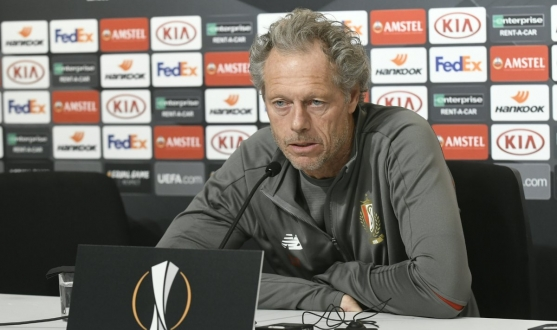 Michel Preud'homme in the Sánchez-Pizjuán's press room