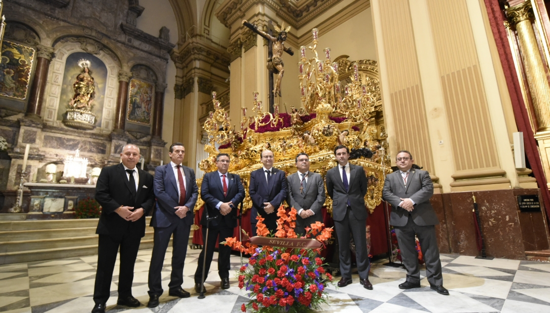 Ofrenda floral, Sevilla FC