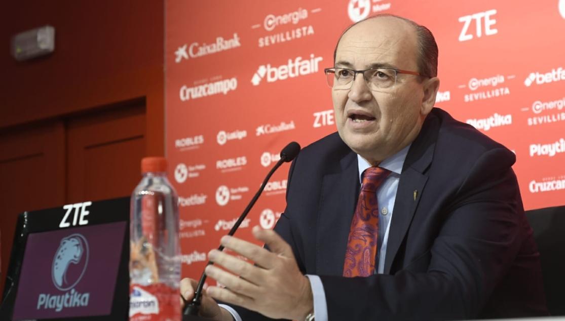 José Castro en la presentación de Monchi