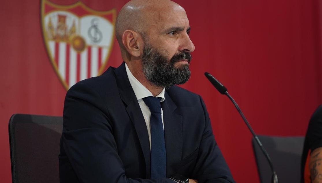 Monchi, en la sala de prensa del Estadio Jesús Navas