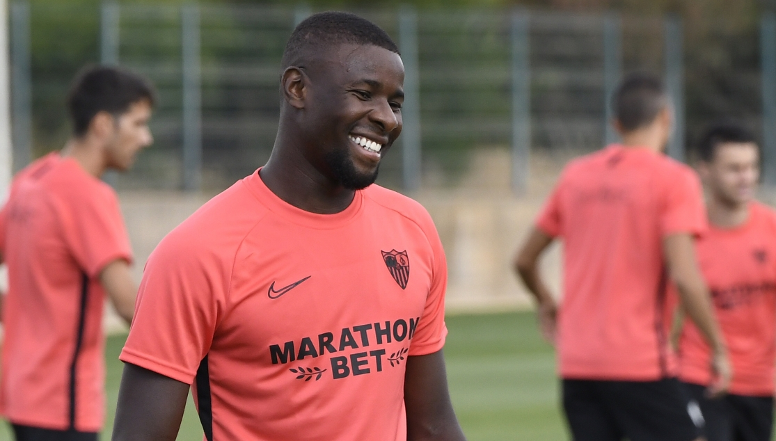 Amadou in training with Sevilla FC