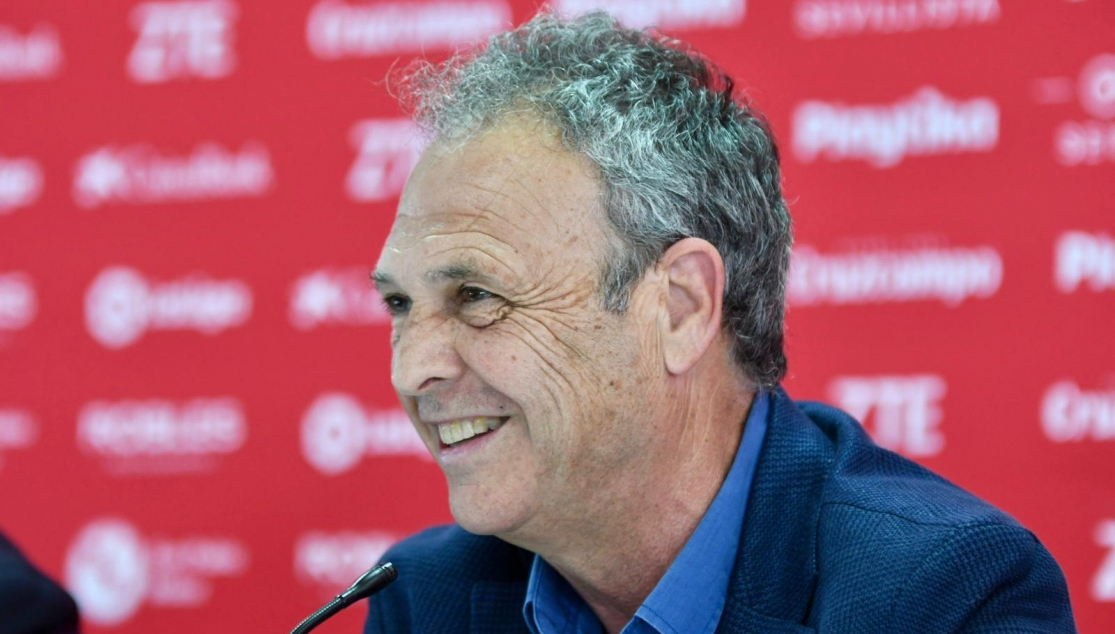 Joaquín Caparrós in the press room