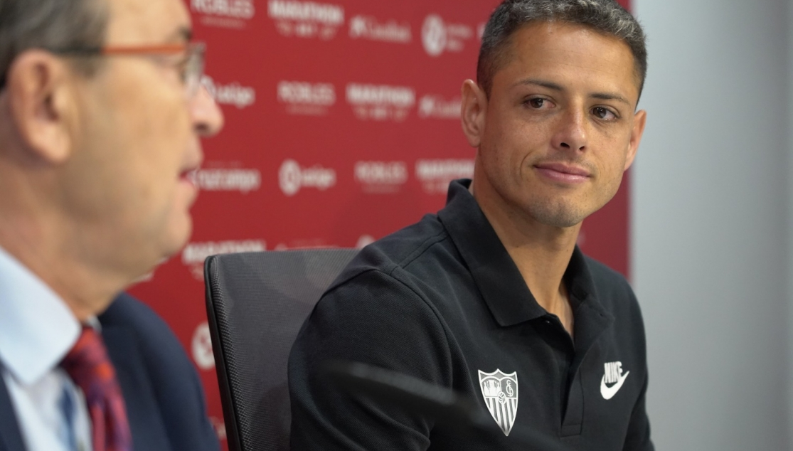 Chicharito during his official unveiling at Sevilla FC