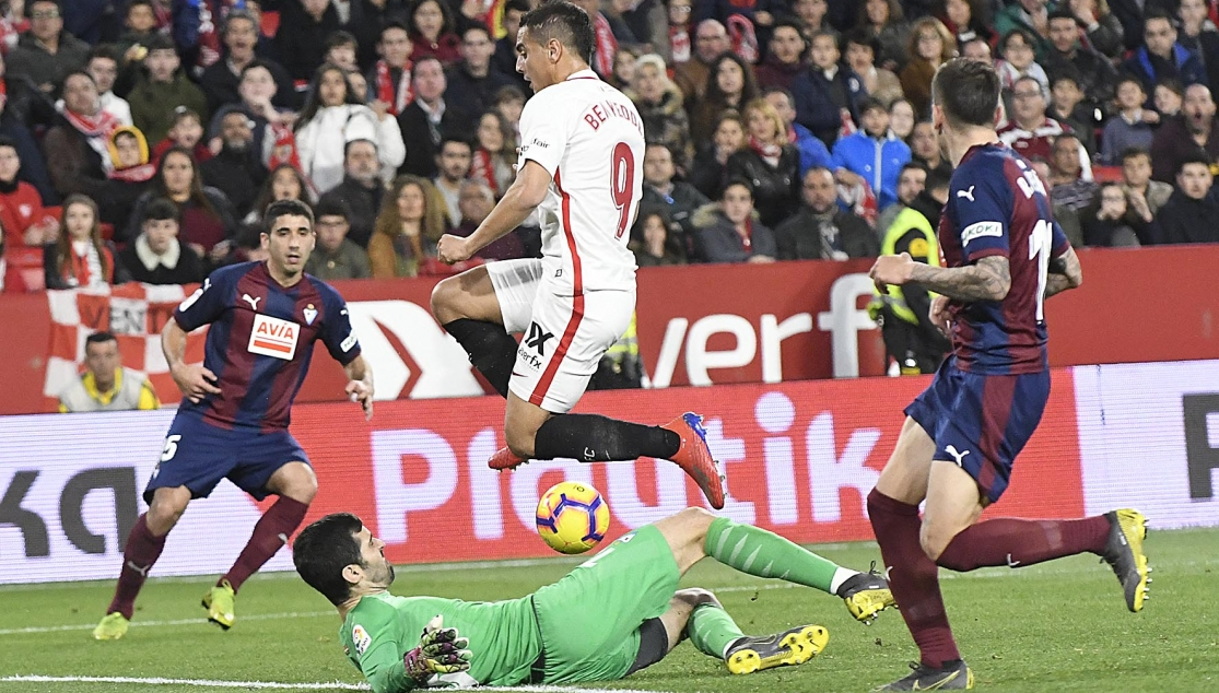 Ben Yedder of Sevilla FC against SD Eibar