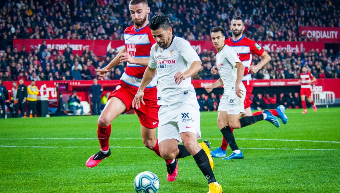 Sevilla FC's Nolito scoring against Granada CF