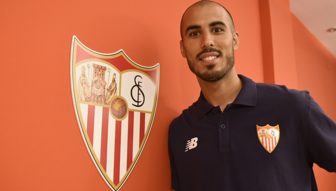 Guido Pizarro signs for Sevilla FC