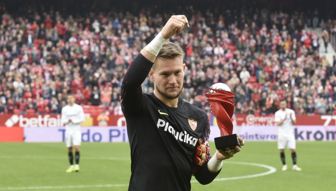 Vaclík: 'This trophy is not for me, but for the whole team' | Sevilla FC
