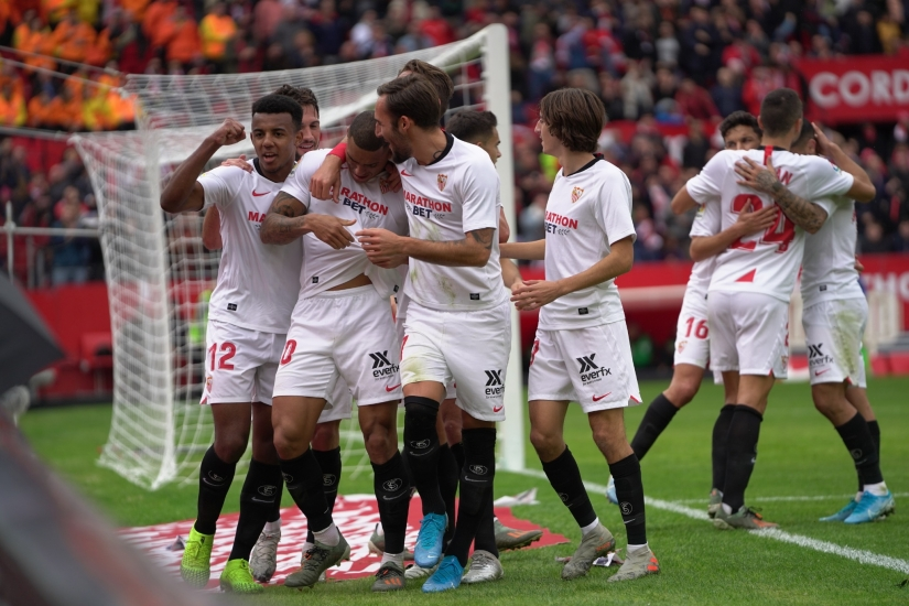 Sevilla FC celebrate their goal against CD Leganés