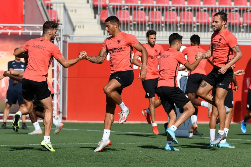 Sevilla FC training, Tuesday 20th August