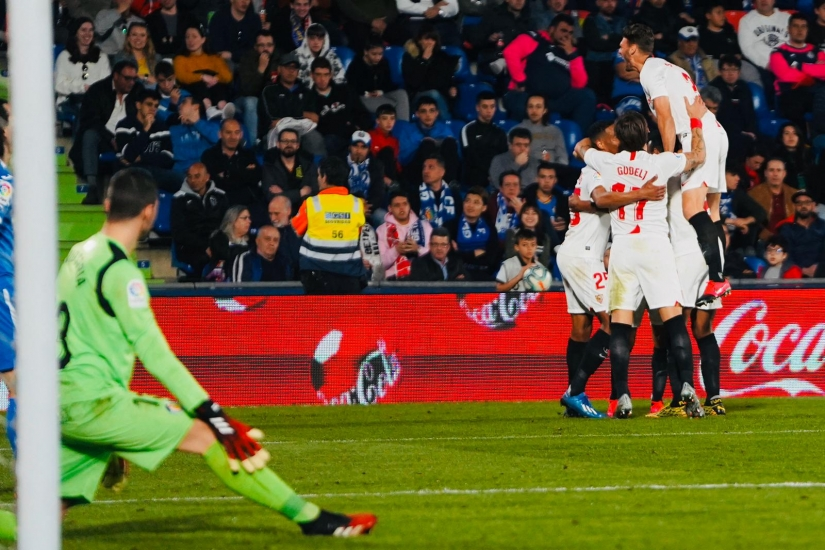 Sevilla FC celebrate a goal against Getafe